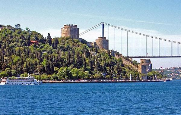 Full-Day Istanbul Tour and Cruise on Bosphorus